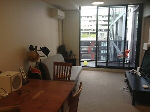 Fully furnished bedroom (bills, pool and gym included) Abbotsford Yarra Area Preview