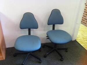 x2 office chairs free Shellharbour Shellharbour Area Preview