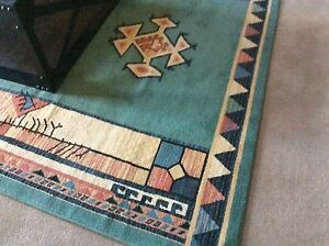 Large Rug in excellent condition Kurrajong Hawkesbury Area Preview