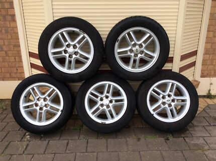 "Land Rover Discovery 18"" Alloy Wheels 4X4 255 55R 18"