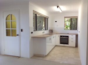 1 bed self contained granny flat for rent