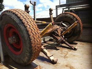 Toyota Land Cruiser 4x4 front diff , axel and wheel assembly Nashua Byron Area Preview
