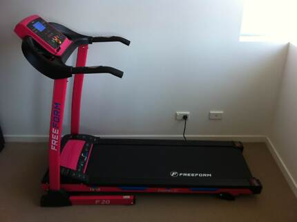 FREE FORM F20P Treadmill for sale Varsity Lakes Gold Coast South Preview