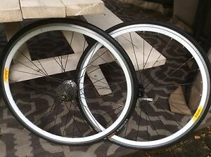 Power tap Wheelset