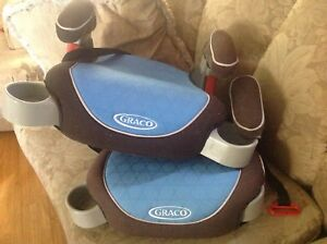 Two (2) GRACO BOOSTER SEATS $20ea ex condition!!