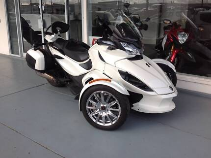 2013 Can-Am Spyder ST Limited