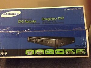 VCR to DVD transfer component