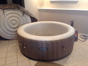 Hot tub. Inflatable