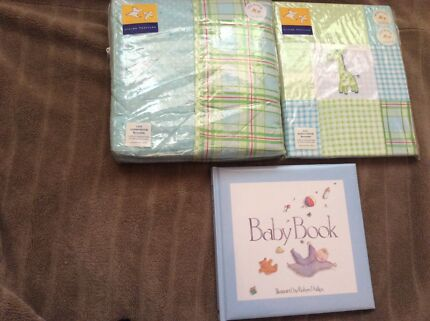 Brand New Living Textiles Baby Set