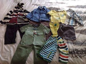Vêtements Souris Mini et Mexx (24 mois)