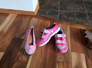 Runners with velcrose, girls size one