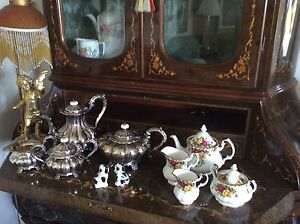 Upcoming fantastic garage sale , moving , antiques much more Rivett Weston Creek Preview