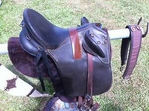 """SYD HILL ORIGINAL LEATHER STOCK SADDLE, 15"""" INCH Gordonvale Cairns City Preview"""