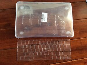 """FS: New clear case and keyboard cover for 11"""" MacBook Air"""