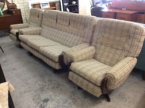 RETRO LOUNGE SUITE Wangara Wanneroo Area Preview