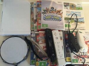 Wii with 12 FUNCTIONAL Games, ACCESSORIES + MORE! (DESCRIPTION) Leabrook Burnside Area Preview