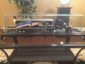 Franklin Mint truck collection..1939 Peter Bilt 260 with casing
