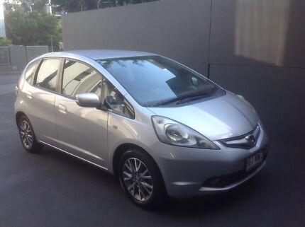 2010 Honda Jazz Hatchback VTI VIBE - Low kms, full service histor