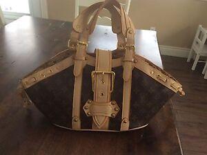 Sac à main style Louis Vuitton