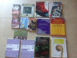 TEXTBOOKS VARIOUS YEARS AND CURRICULUM READING BOOKS Maida Vale Kalamunda Area Preview