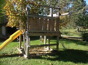 Playground  set , dismantle and it's  yours for only $65!!