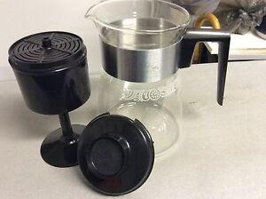 PYREX RETRO/VINTAGE. 60s GLASS PERCULATORS Shellharbour Shellharbour Area Preview