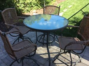 Beautiful  Bar Height Outdoor  Table & Chairs