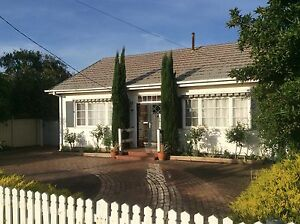 Transportable house for sale - cute and charming beach cottage! Werribee South Wyndham Area Preview