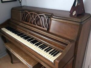 Piano  bonne condition