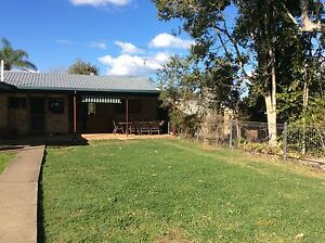 20 ACRE HORSE PROPERTY Stanmore Moreton Area Preview