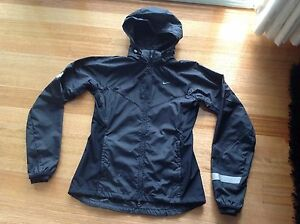 Women's Nike Dri-fit jacket size Small Altona North Hobsons Bay Area Preview