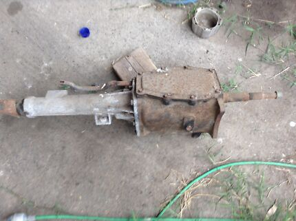 Valiant 4 speed gear box
