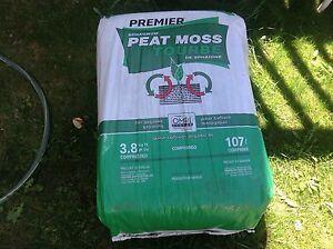 Premier Sphagnum Peat Moss  3.8 cu ft (107 l) x2 bags