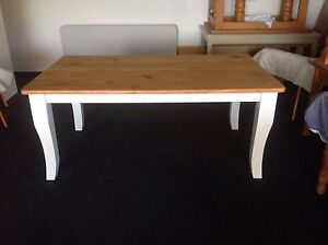 Fully Restored Hampton Style Dining Table Gordon Tuggeranong Preview