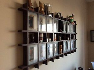 5 box frames can be hung together or individually.