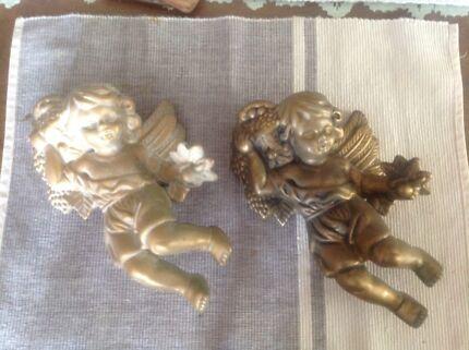 Cherubs or Angel wall figures