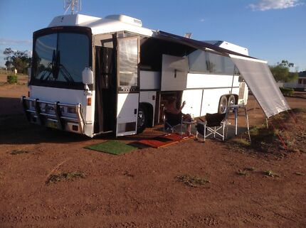Austral Tourmaster 1988 bus motorhome, will look at trades.