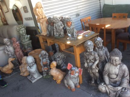 SOME PICS OF THE STOCK AT UNCLE SAMS SECONDHAND FURNITURE