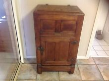 Antique Ice chest Summerland Point Wyong Area Preview