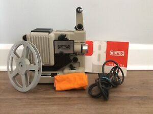 VINTAGE EUMIG P8 AUTO FILM PROJECTOR & PROJECTION SCREEN