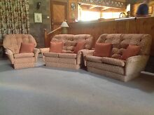 Relaxing 'Don' lounge suite with matching cushions Applethorpe Southern Downs Preview
