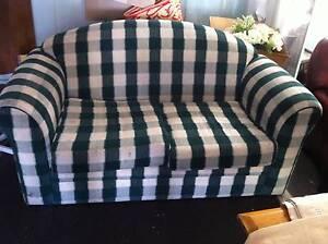 Green Sofa Paralowie Salisbury Area Preview