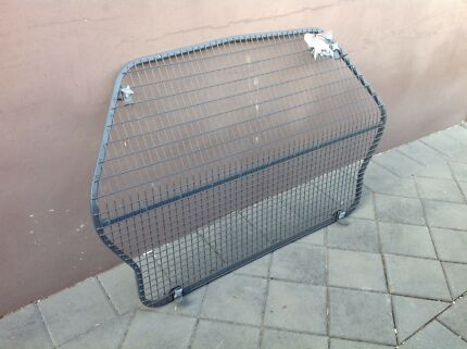 Cargo barrier vx wagon