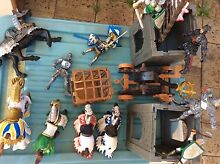 Medieval Knight and castle set Scarborough Stirling Area Preview