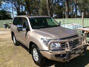 TOYOTA LAND CRUISER SAHARA AUTO V8 DIESEL  7- Seats Horsley Wollongong Area Preview