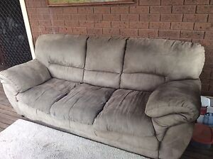 Couch / sofa St Albans Brimbank Area Preview