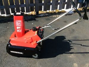 Honda single stage snow blower gas