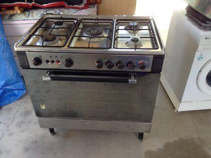 La Germania Gas Oven