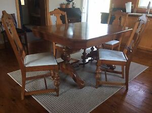 Beautiful antique dining table and chairs