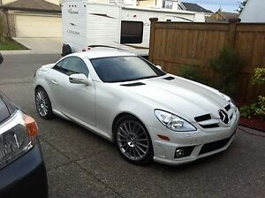2009 Mercedes-Benz SLK-Class with AMG Package